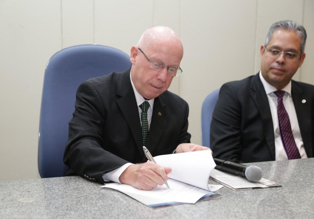 AssinaturaRegulamentoEdicao