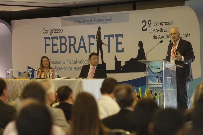 Presidente da Filiada Affeam/AM, Alcilene Almeida, e presidente da Aaffepi/PI, José Mello, foram os coordenadores da mesa.